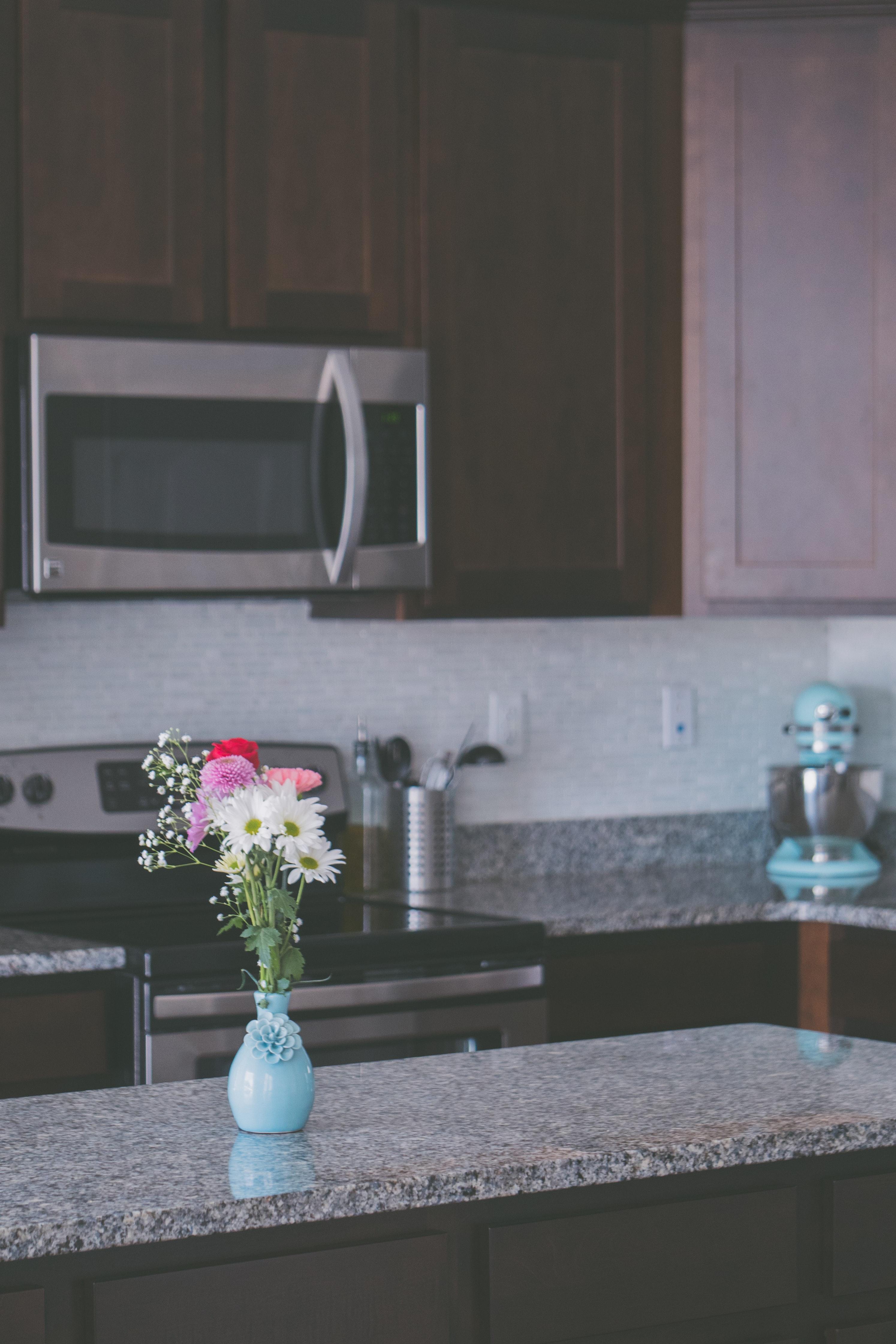 Spieki kwarcowe Laminam, Kerlite - Okleina na blat kuchenny